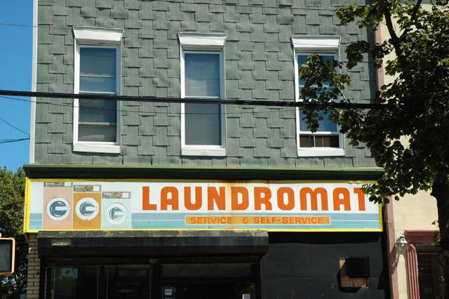 Laundromat Ridgewood, Queens