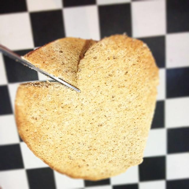 heart-toast