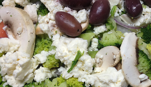 Elegante's Greek Salad