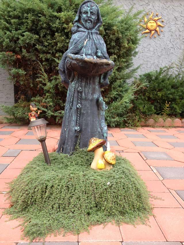 gnome or saint?