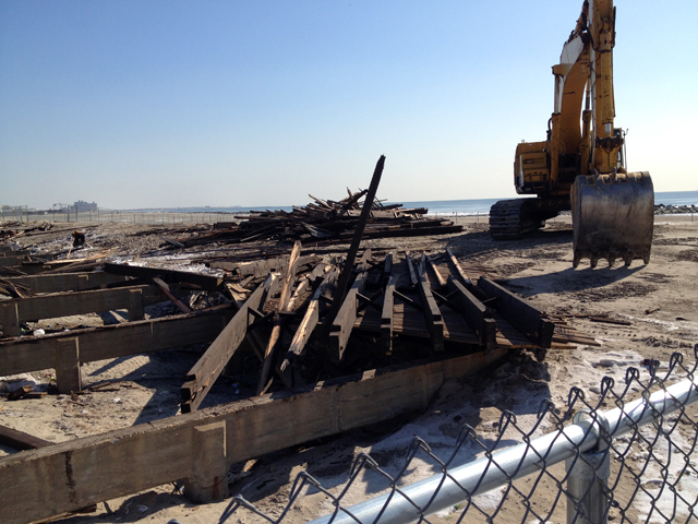 boardwalk-sandy-rockawaybeach 1