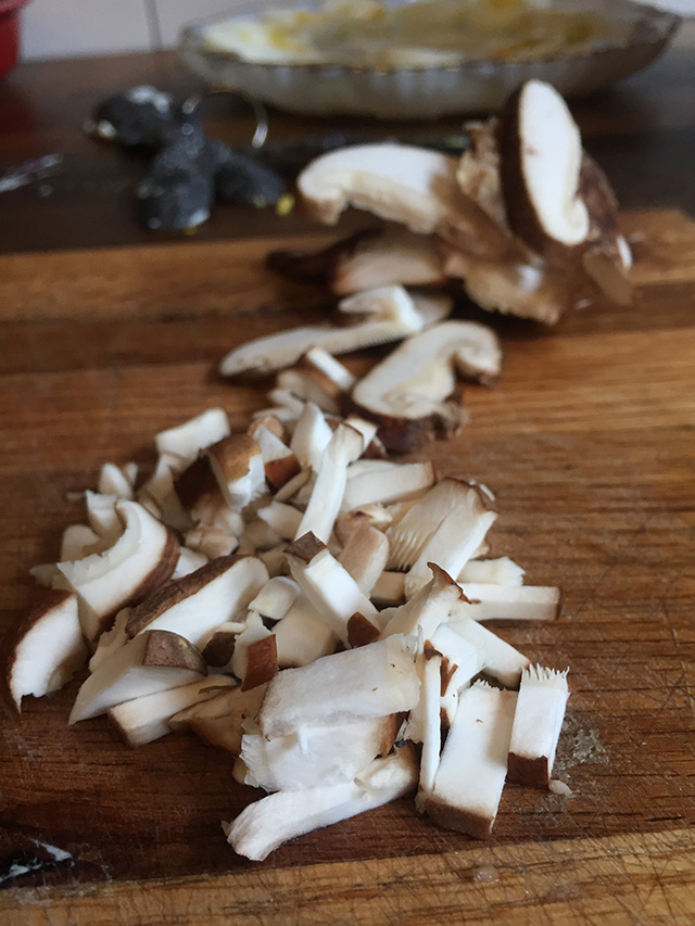 chopped-mushrooms