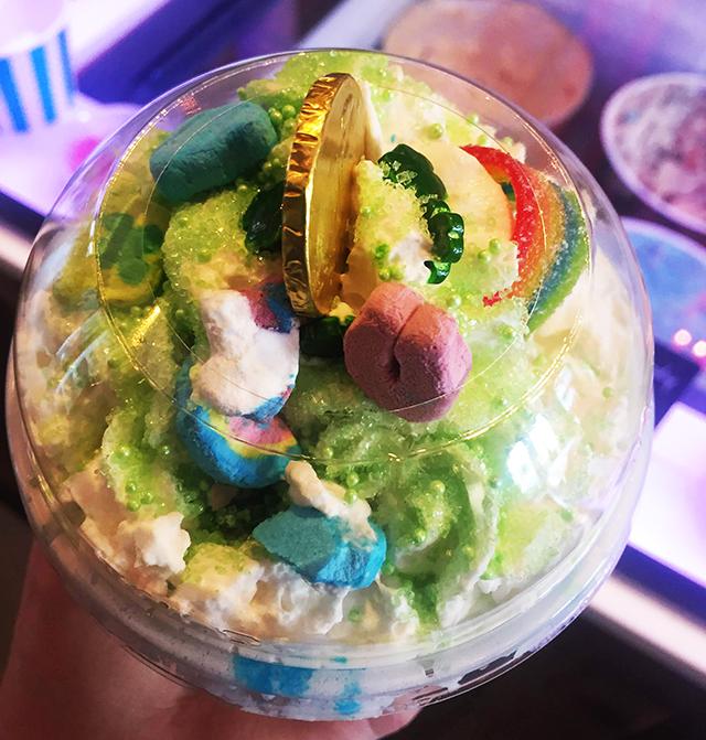 Mara's--Ice-Cream-Parlor-Rockaway-Beach